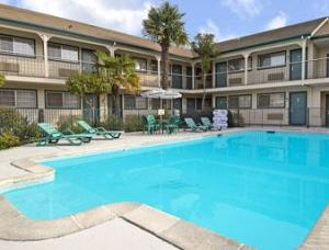 Hotel: Ramada Limited Santa Cruz Water Street - FOTO 1