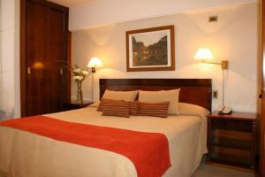 Hotel: Hotel Reconquista Plaza - FOTO 1