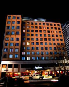 Hotel: Radisson On Flagstaff Gardens - FOTO 1