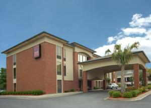 Hotel: Comfort Suites at North Point Mall - FOTO 1