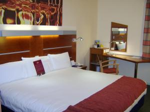 Hotel: Express by Holiday Inn Cardiff Bay - FOTO 2
