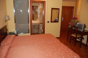 Hotel: Carlos V Malaga - FOTO 2