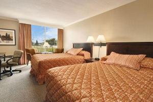 Hotel: Ramada Inn & Conference Centre - FOTO 3