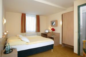 meinhotel a amburgo confronta i prezzi. Black Bedroom Furniture Sets. Home Design Ideas