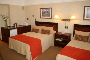 Hotel: Hotel Reconquista Plaza - FOTO 2