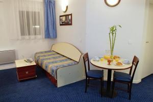 Residence: Appart'City Cap Affaires Clermont-Ferrand Pasteur - FOTO 3