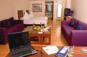 Hotel: San Marino Suites - FOTO 2