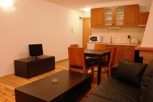 Apartment: Aparthotel Four Leaf Clover - FOTO 2