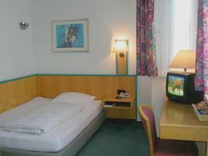 Hotel: Hotel Alpha - FOTO 2