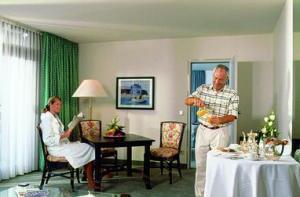 Hotel: Ramada Nürnberg Parkhotel - FOTO 2