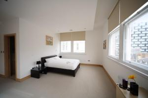 Ferienwohnung: L3 Living @ The Tower Building - FOTO 5