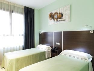 Hotel: Hostal Avenida Barajas Madrid - FOTO 1