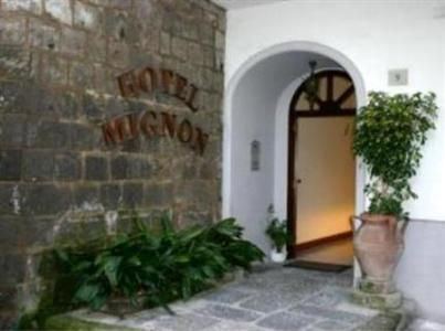 Hotel mignon meubl in sorrento compare prices for Hotel mignon meuble