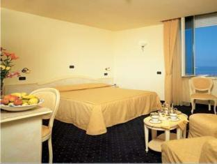Hotel: Hotel London - FOTO 1