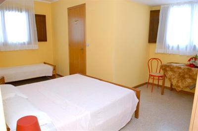 Hotel rosa dei venti a lignano sabbiadoro confronta i prezzi for Hotel meuble oasi