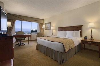 Hotel: Hilton Hotel Woodland Hills Los Angeles - FOTO 1
