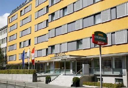 Hotel: Courtyard Vienna Schoenbrunn Hotel - FOTO 1