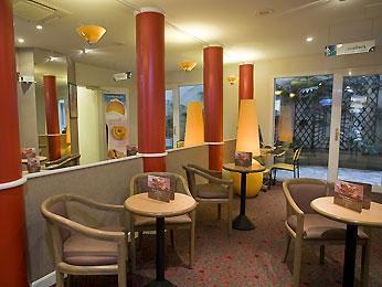Hotel: Hotel Ibis Paris Menilmontant Pere Lachaise 11eme - FOTO 1