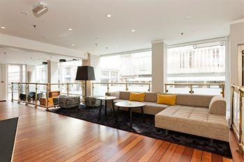 quality hotel østre aker vei 33 par søker par