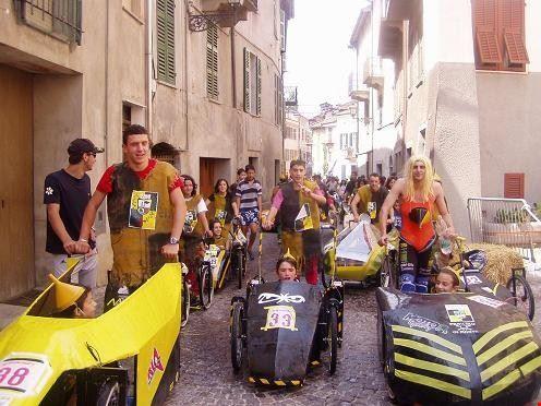 carrera_saracina_la_sfilata_delle_borgate