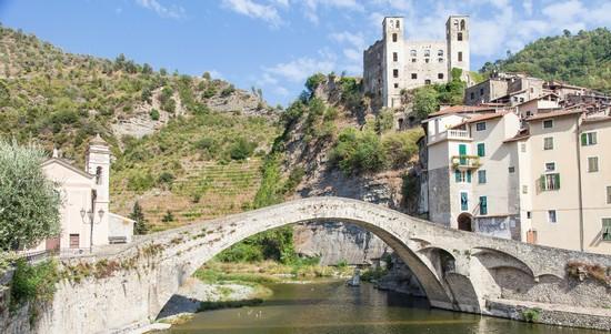 Foto ponte di dolceacqua a dolceacqua 550x301 autore for Progettista di ponti online gratuito