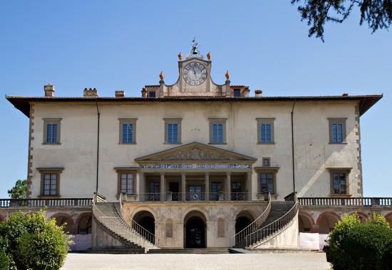 Poggio a caiano guida turistica for Casa classica villa medici