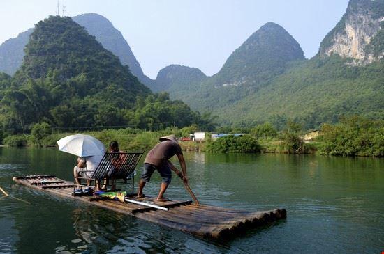 Crociera sul Fiume Li