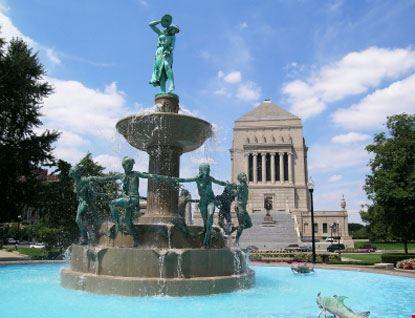 Fontana e Monumento