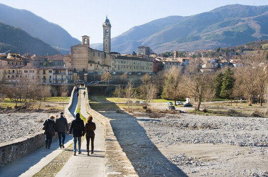 Bobbio guida turistica for Vedere case online