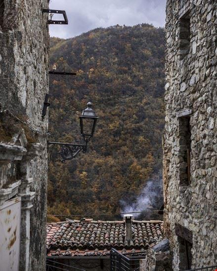 Rocca di Fondi