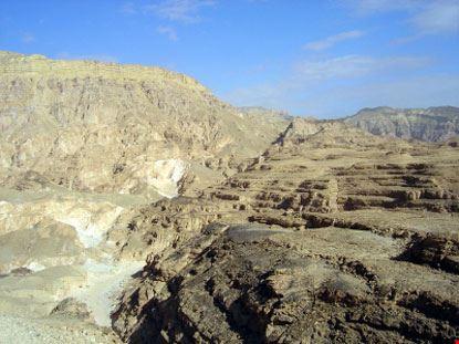 Il canyon Nuweiba nel deserto del Sinai