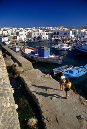 Il Porto di Naoussa a Paros
