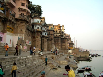 Photo varanasi la riva del gange in Varanasi - Pictures and Images of Varanasi 