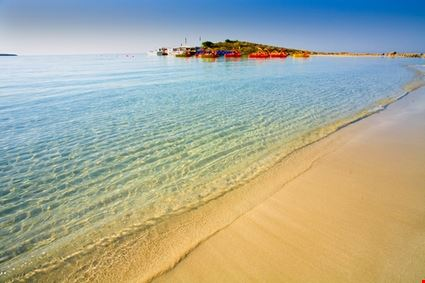 Nissi Bay