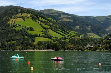 Photo Austrian Lake in Zell am See - Pictures and Images of Zell am See - 425x282  - Author: Editorial Staff, photo 2 of 7