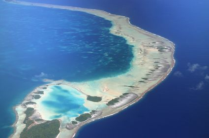 Photo View on atoll in Rangiroa - Pictures and Images of Rangiroa
