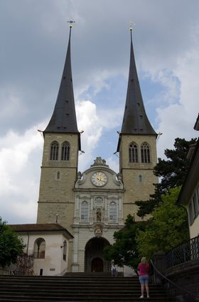Photo Cathedral Hofkirche in Luzern - Pictures and Images of Luzern