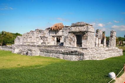 13828 tulum mayan ruins