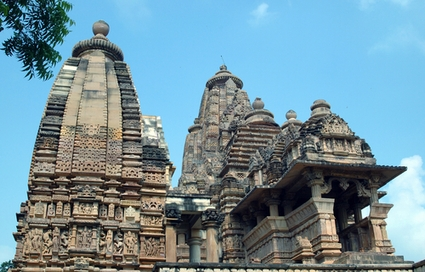 Photo Kandariya Mahadeva Temple in Khajuraho - Pictures and Images of Khajuraho
