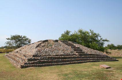 Mayan stone ruins