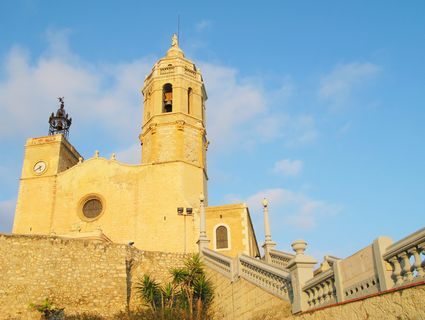 Photo 17th century seaside church in Sitges - Pictures and Images of Sitges