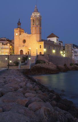Photo sitges parochial church of san bartomeu and santa tecla photos de sitges et images - Office de tourisme sitges ...