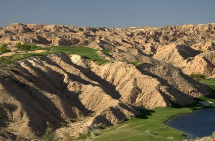 Desert golf course in Mesquite