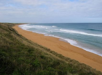 Photo Coastline in Warrnambool - Pictures and Images of Warrnambool