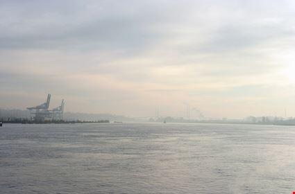 The port of Surrey