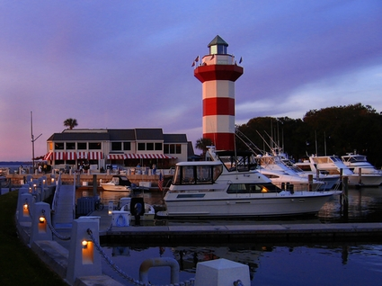 Photo Lighthouse in Hilton Head - Pictures and Images of Hilton Head - 425x318  - Author: Editorial Staff, photo 2 of 3
