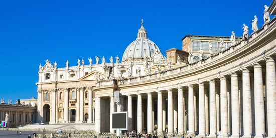 Photo roma la basilica di san pietro in Rome - Pictures and Images of Rome - 550x275  - Author: Editorial Staff, photo 1 of 993