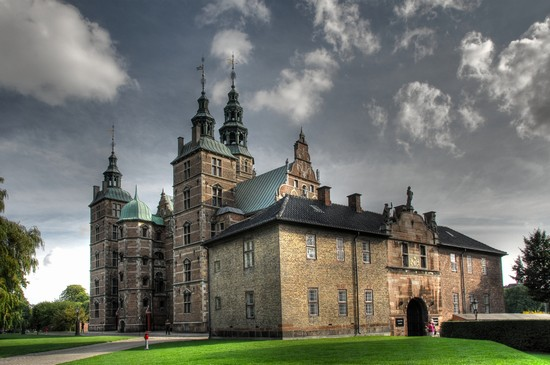 Photo copenaghen il castello di rosenborg in Copenhagen - Pictures and Images of Copenhagen - 550x365  - Author: Editorial Staff, photo 1 of 318