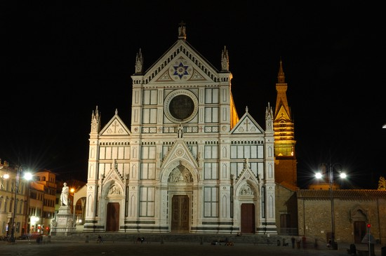 Photo La facciata di Santa Croce in Florence - Pictures and Images of Florence