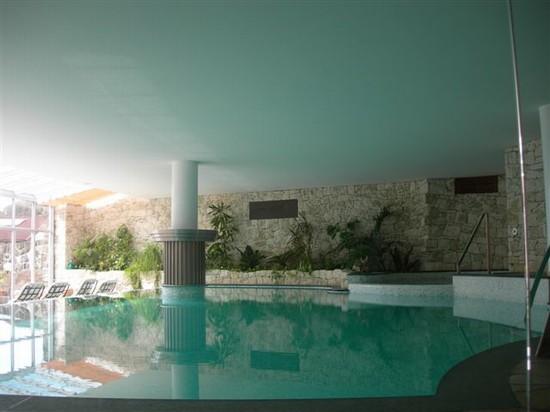Foto la piscina a castelrotto 550x412 autore sabrina foto 1 di 15 - Hotel castelrotto con piscina ...